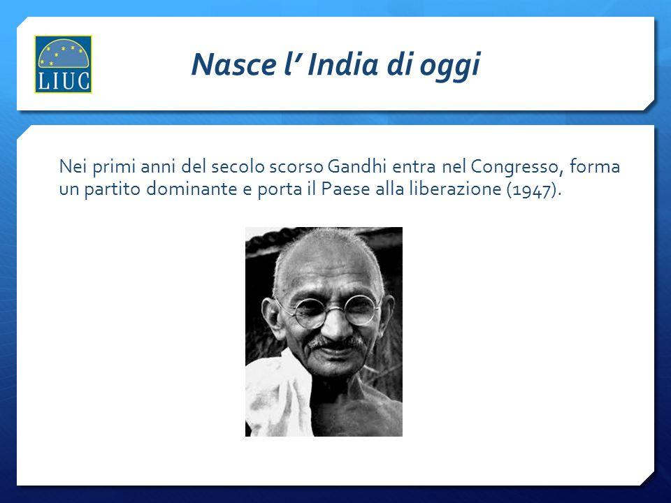 Nasce l' India di oggi