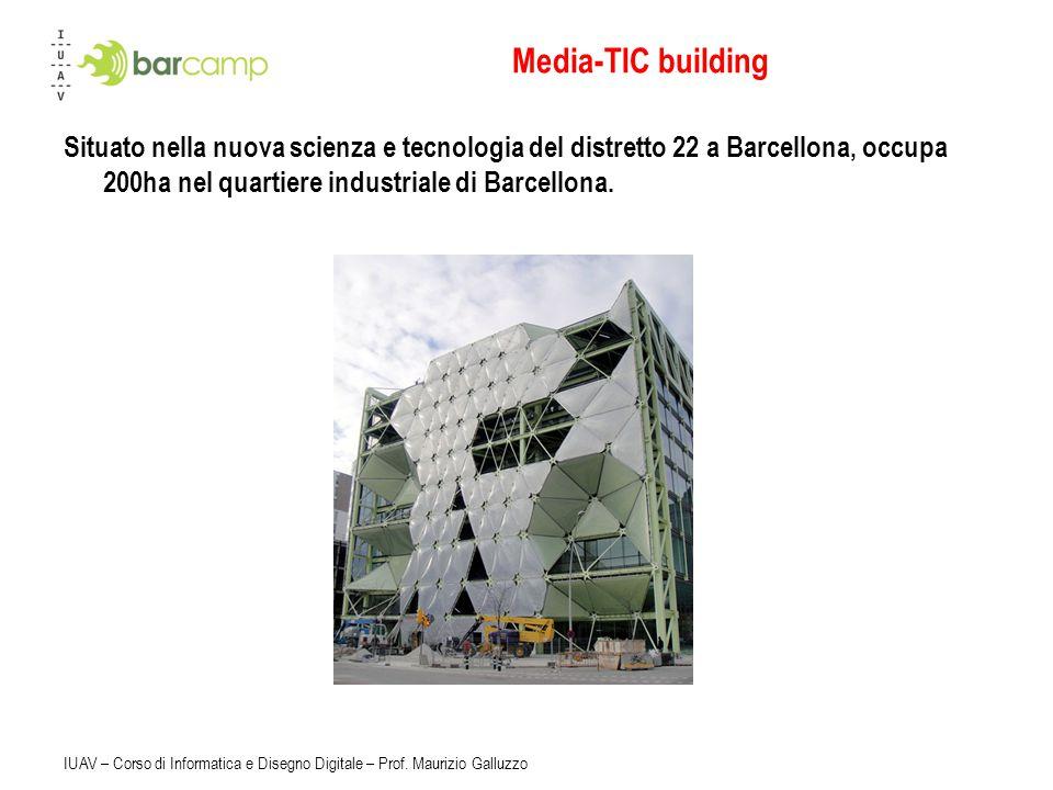 Media-TIC building Situato nella nuova scienza e tecnologia del distretto 22 a Barcellona, occupa 200ha nel quartiere industriale di Barcellona.