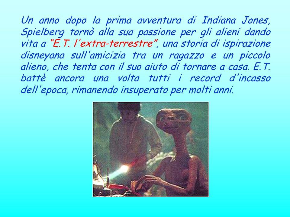 Un anno dopo la prima avventura di Indiana Jones, Spielberg tornò alla sua passione per gli alieni dando vita a E.T.