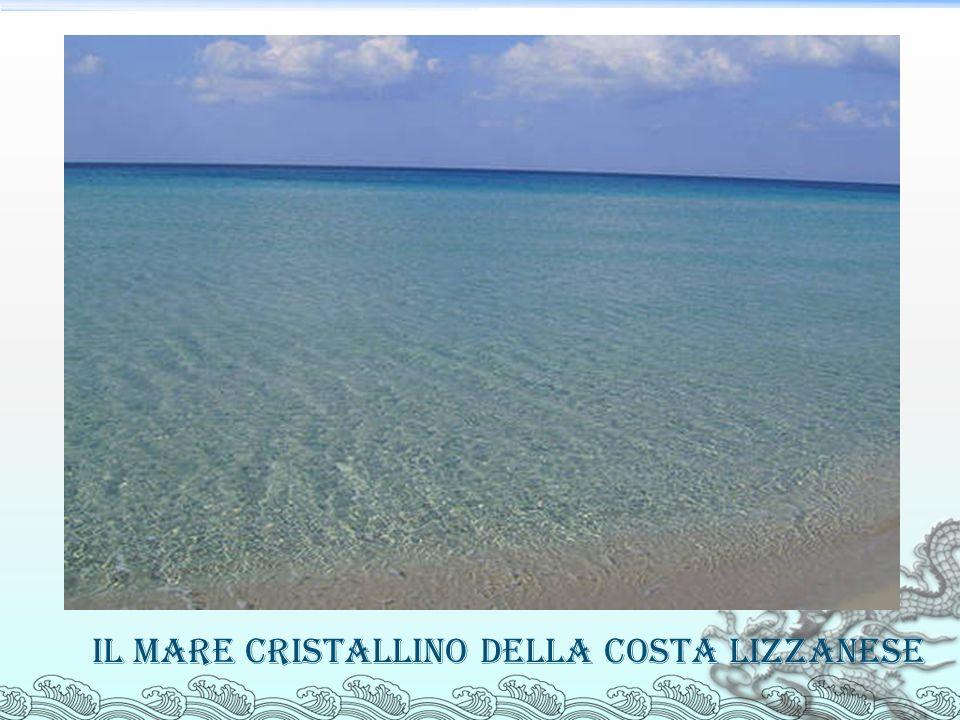 Il mare cristallino della costa lizzanese