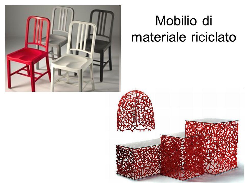 Mobilio di materiale riciclato