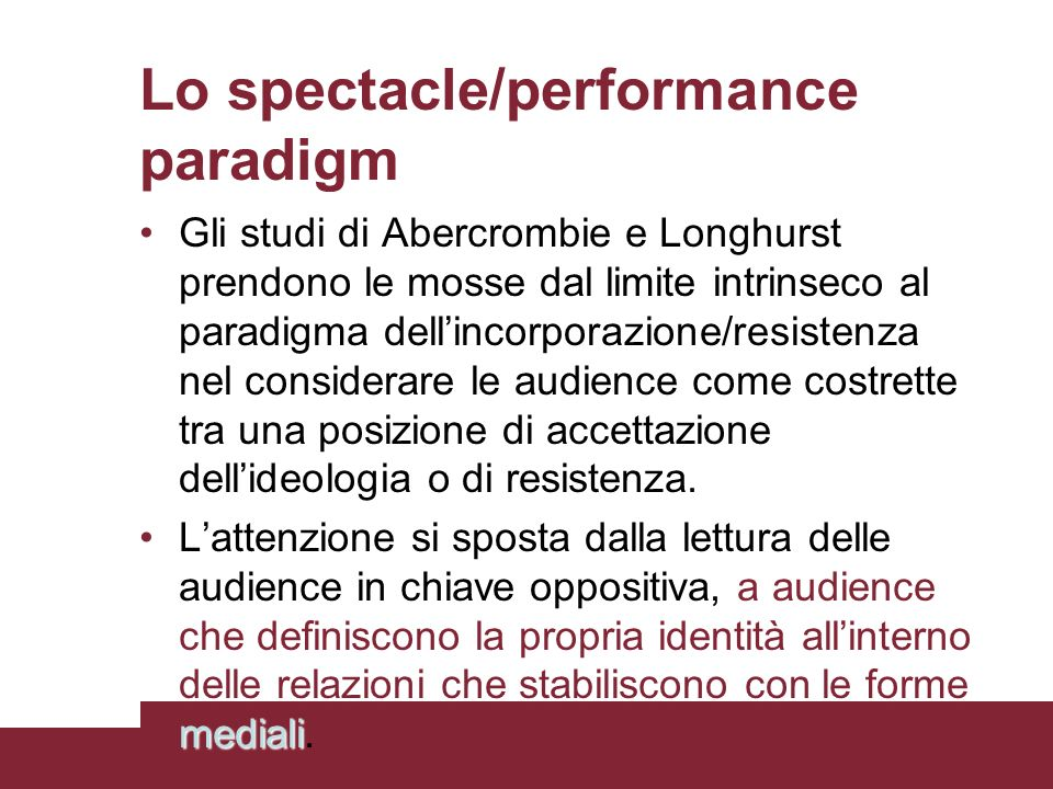 Lo spectacle/performance paradigm