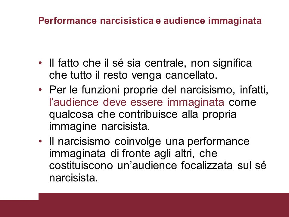 Performance narcisistica e audience immaginata