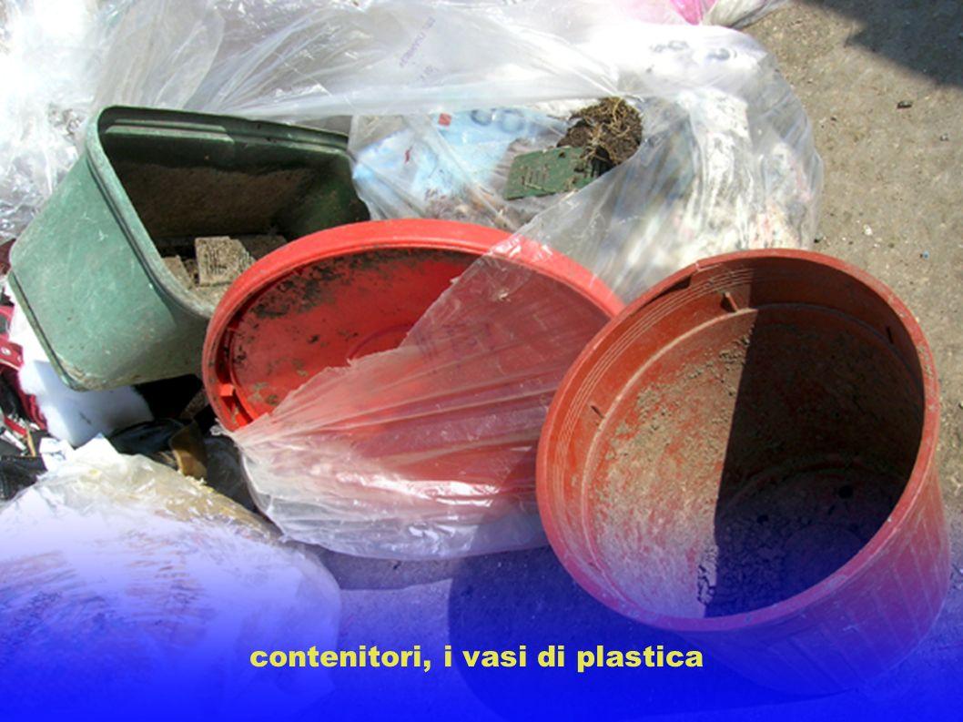 contenitori, i vasi di plastica