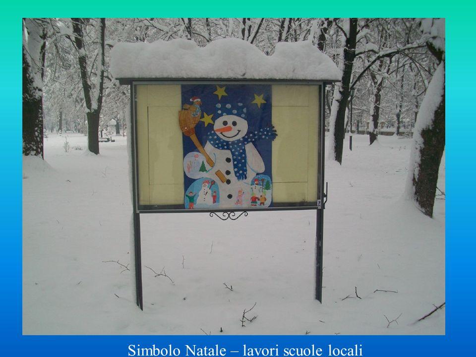 Simbolo Natale – lavori scuole locali