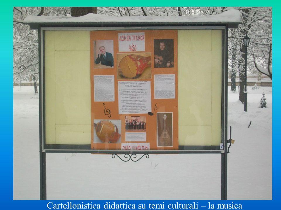 Cartellonistica didattica su temi culturali – la musica