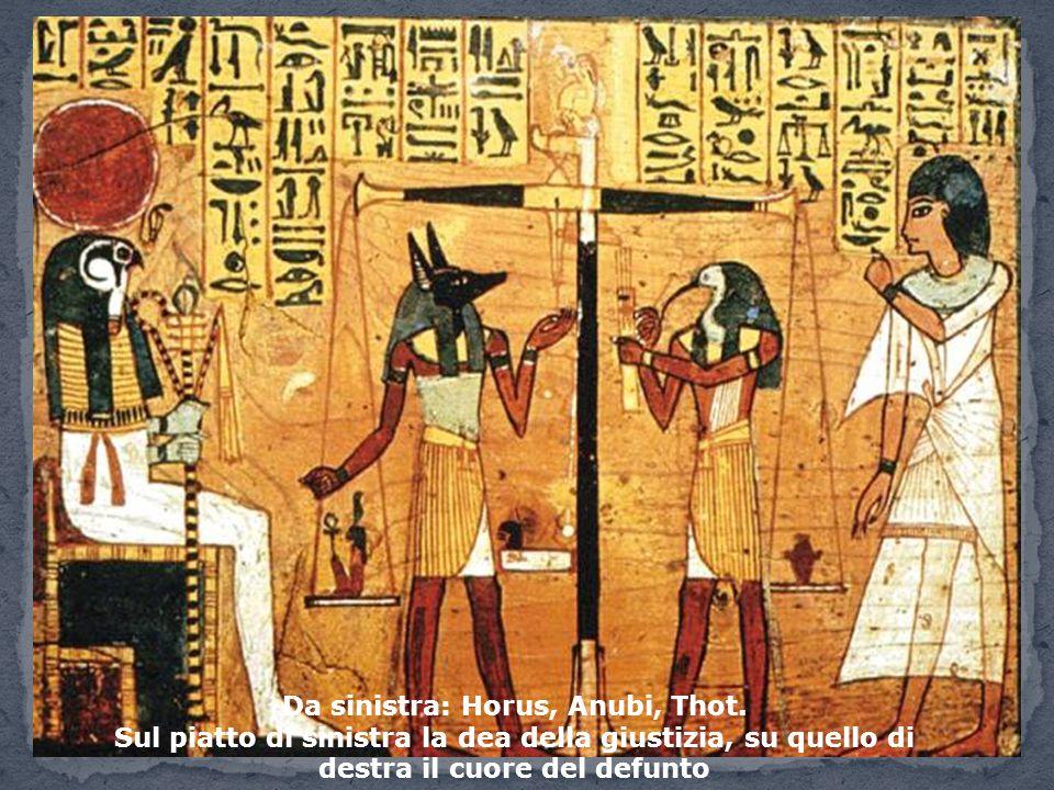 Da sinistra: Horus, Anubi, Thot.