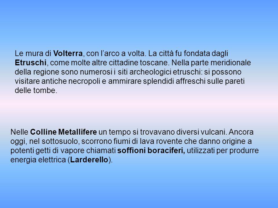 Le mura di Volterra, con l'arco a volta