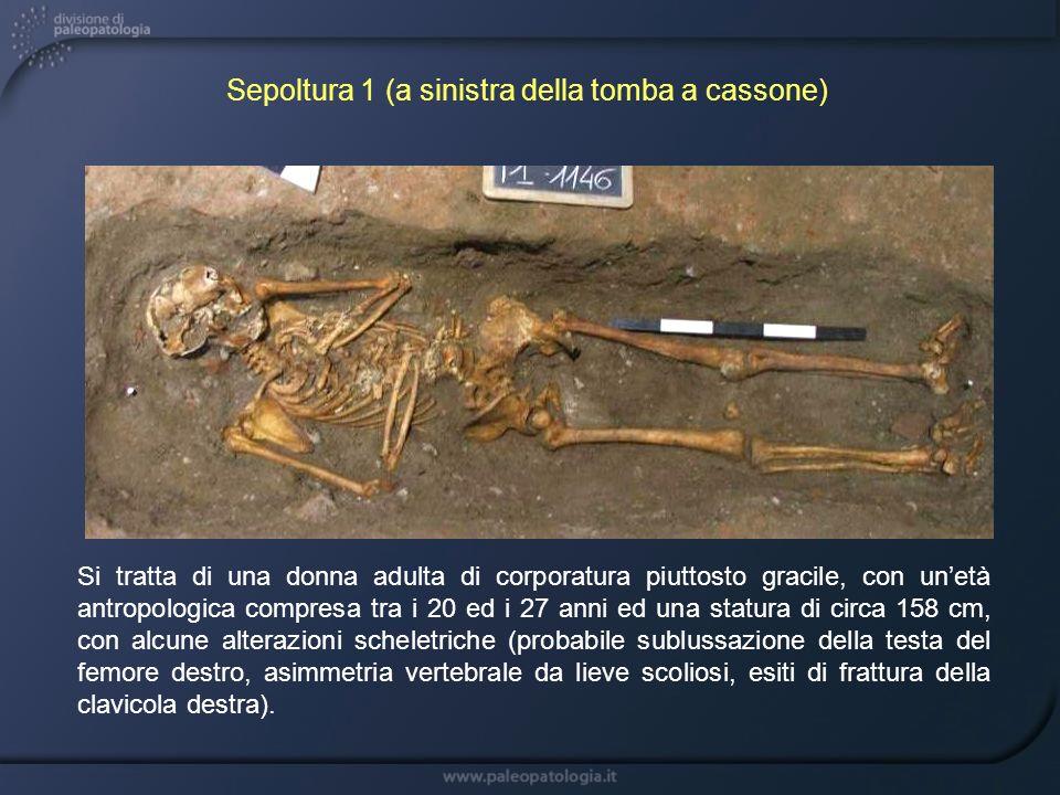 Sepoltura 1 (a sinistra della tomba a cassone)