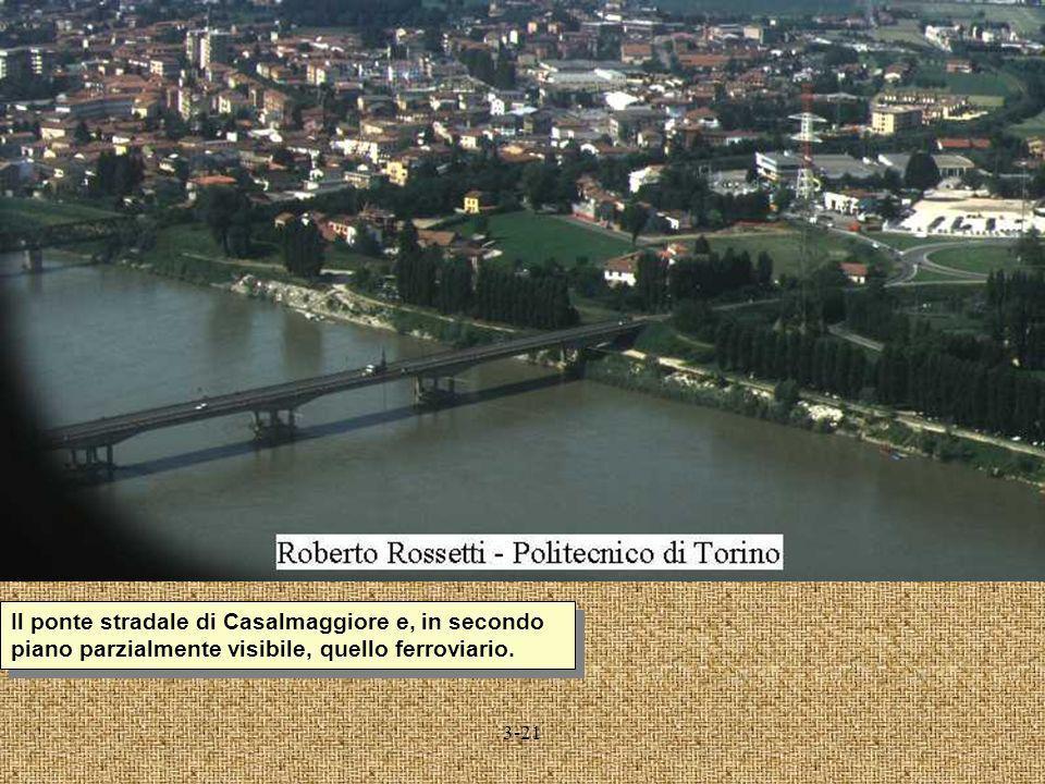 Il ponte stradale di Casalmaggiore e, in secondo piano parzialmente visibile, quello ferroviario.