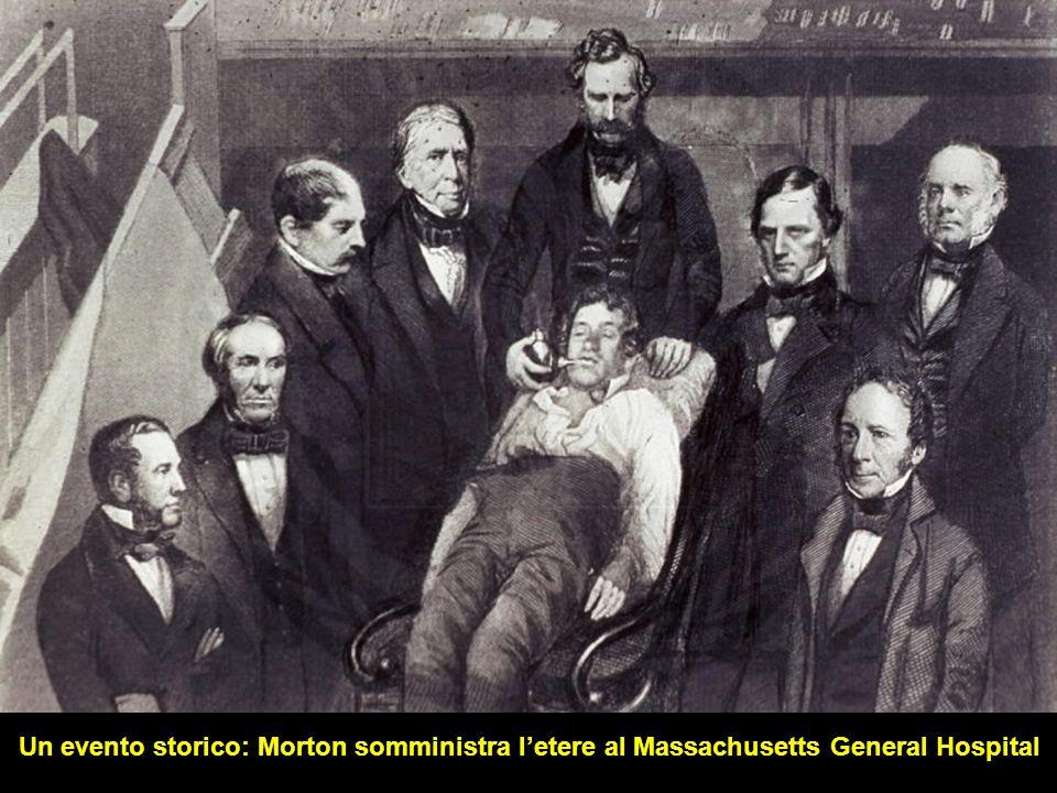C'erano molti spettatori, scettici per il fatto che uno studente in medicina avesse trovato il modo di eliminare il dolore chirurgico. Si fece entrare il paziente Gilbert Abbott, mentre il chirurgo in abito da sera attendeva. C'erano anche gli uomini robusti che avrebbero dovuto immobilizzare il paziente al bisogno. Morton non si vedeva. visto che il dottor Morton non si vede, devo pensare che sia occupato in altre cose disse il chirurgo prendendo il bisturi. La platea rideva e il paziente tremava. Arrivò Morton. il vostro paziente è pronto gli disse il chirurgo e Morton iniziò a far inalare l'etere al paziente. Dopo pochi minuti disse Dr Warren il VOSTRO paziente è pronto . Tutto andò bene e il paziente non mostrava segno di dolore, pur rimanendo vivo e continuando a respirare. Il famoso chirurgo Henry Bigelow che assisteva all'operazione disse: Oggi ho visto qualcosa che farà il giro del mondo