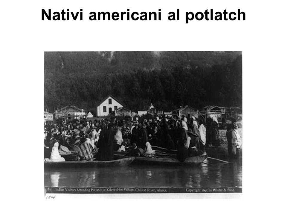 Nativi americani al potlatch