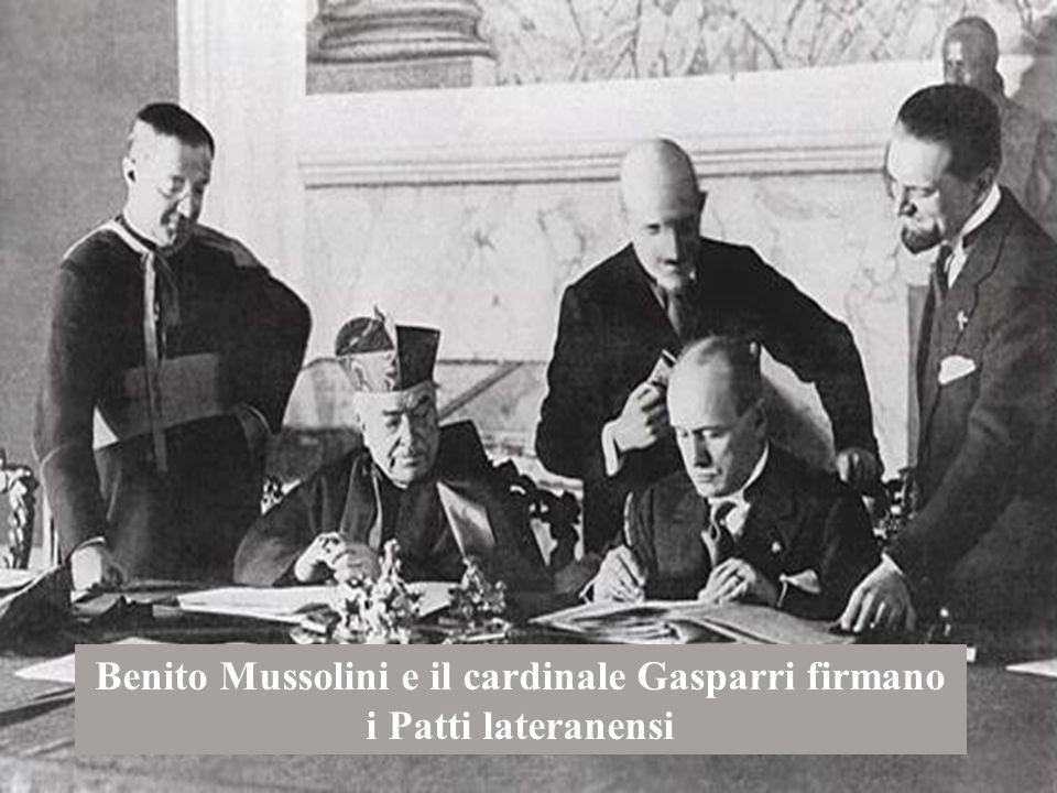 Benito Mussolini e il cardinale Gasparri firmano i Patti lateranensi