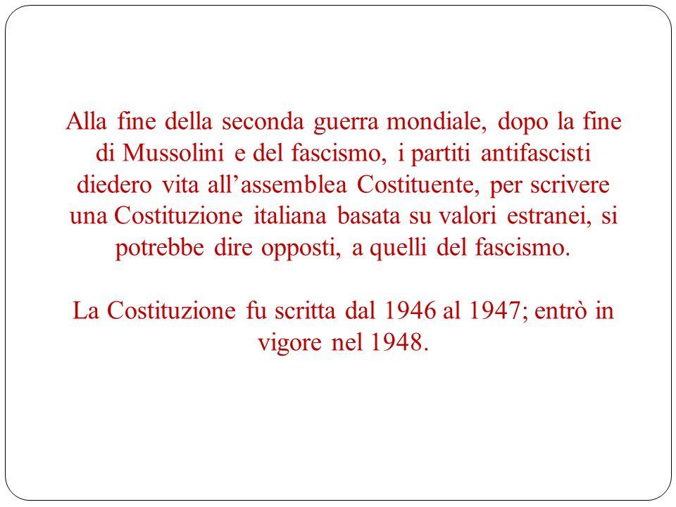 La Costituzione fu scritta dal 1946 al 1947; entrò in vigore nel 1948.