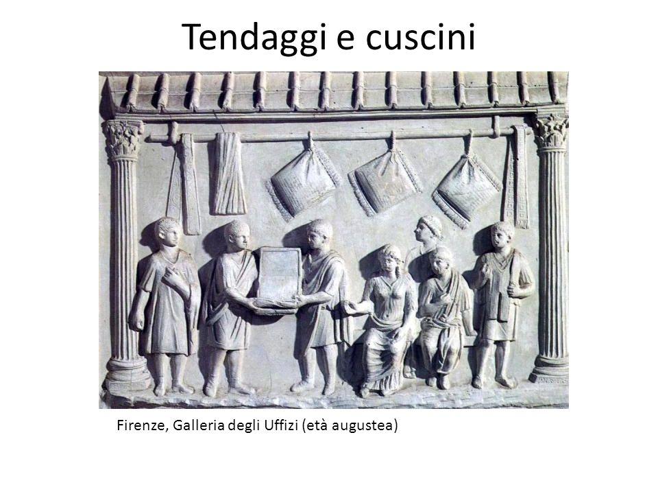 Tendaggi e cuscini Firenze, Galleria degli Uffizi (età augustea)