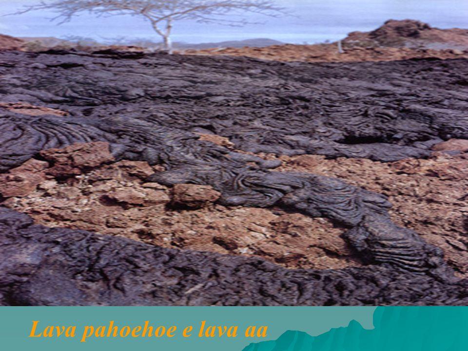 Lava pahoehoe e lava aa