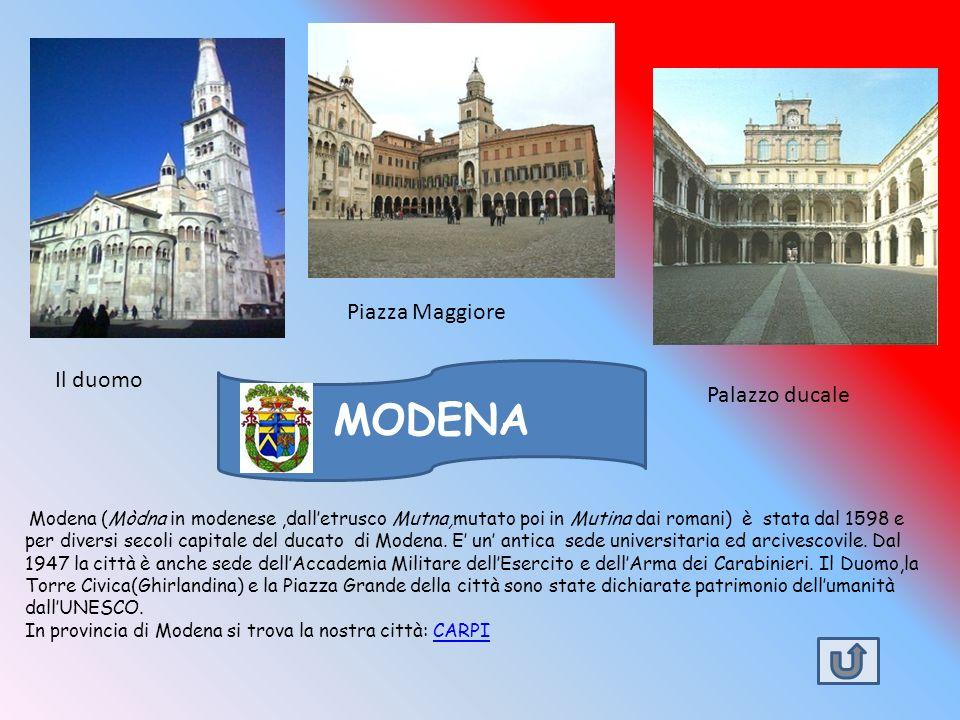 MODENA Piazza Maggiore Il duomo Palazzo ducale