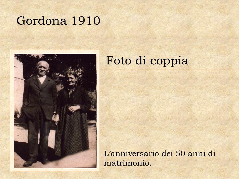 Gordona 1910 Foto di coppia L'anniversario dei 50 anni di matrimonio.