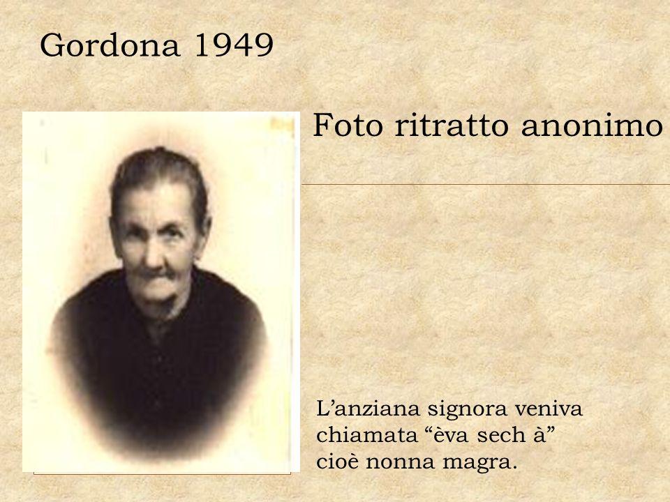 Gordona 1949 Foto ritratto anonimo L'anziana signora veniva