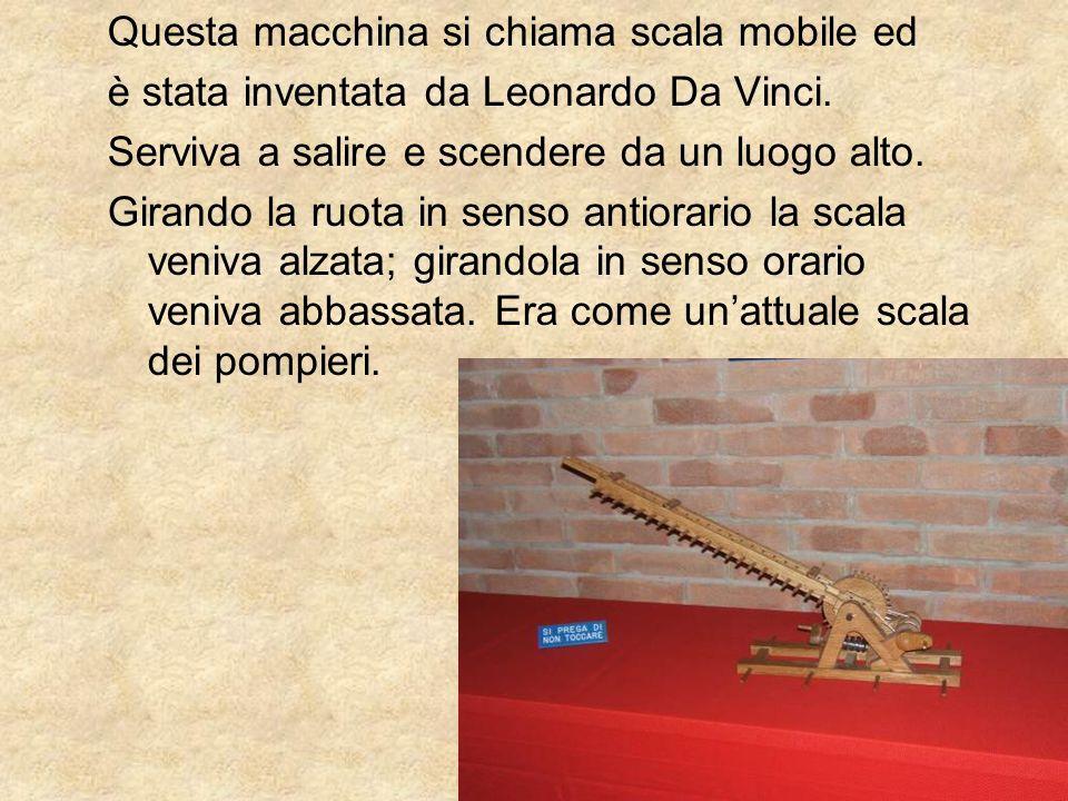 Questa macchina si chiama scala mobile ed