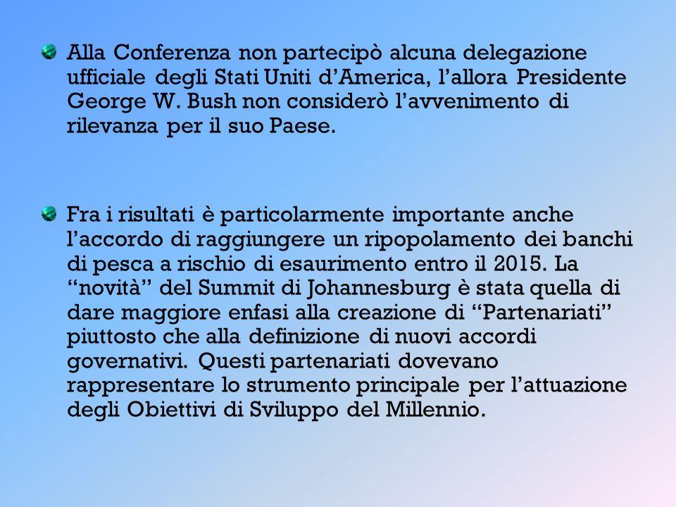 Alla Conferenza non partecipò alcuna delegazione ufficiale degli Stati Uniti d'America, l'allora Presidente George W. Bush non considerò l'avvenimento di rilevanza per il suo Paese.