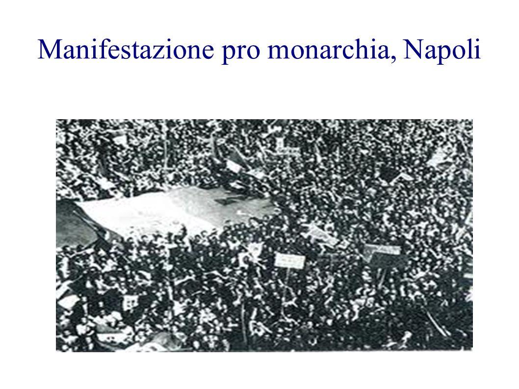 Manifestazione pro monarchia, Napoli
