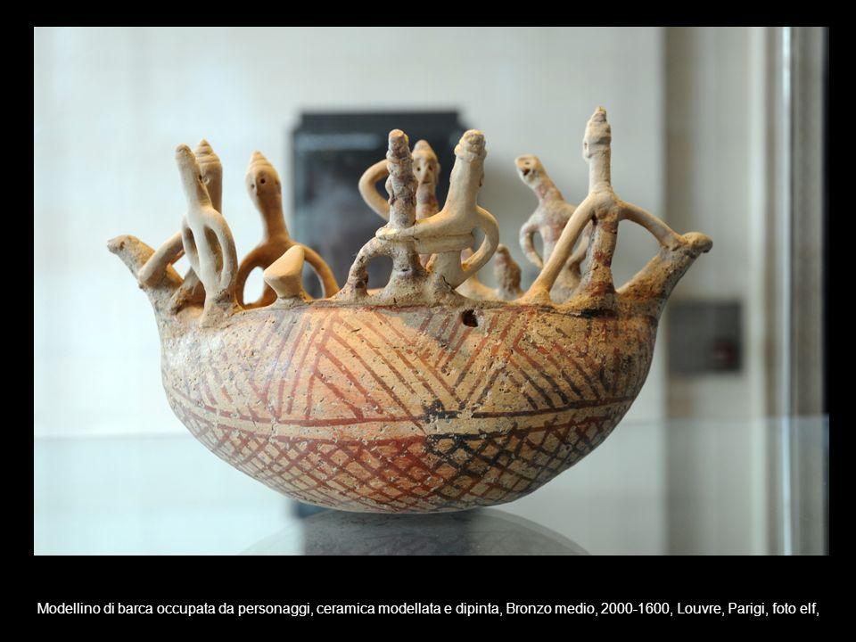Modellino di barca occupata da personaggi, ceramica modellata e dipinta, Bronzo medio, 2000-1600, Louvre, Parigi, foto elf,