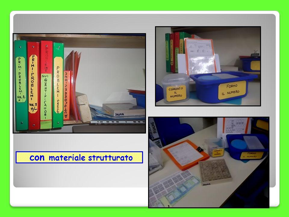 con materiale strutturato