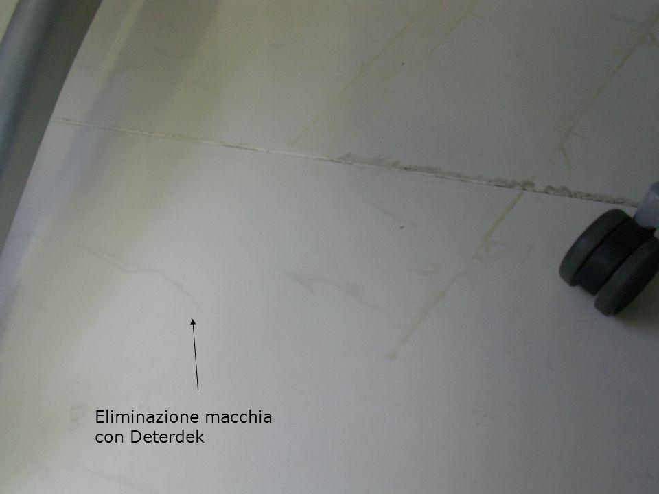 Eliminazione macchia con Deterdek