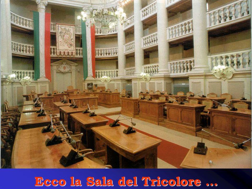 Ecco la Sala del Tricolore ...