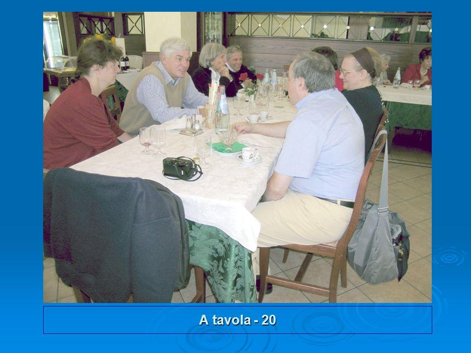 A tavola - 20
