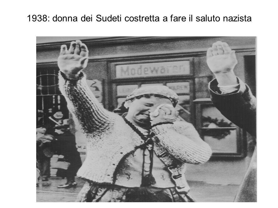 1938: donna dei Sudeti costretta a fare il saluto nazista