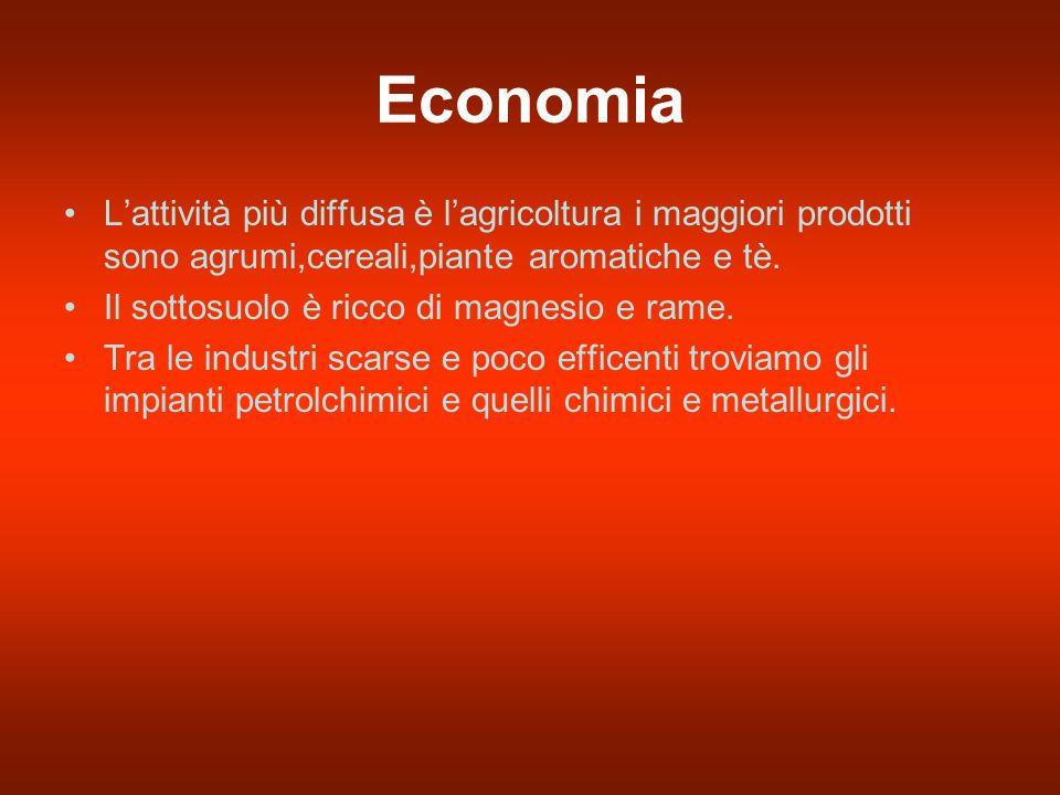 Economia L'attività più diffusa è l'agricoltura i maggiori prodotti sono agrumi,cereali,piante aromatiche e tè.