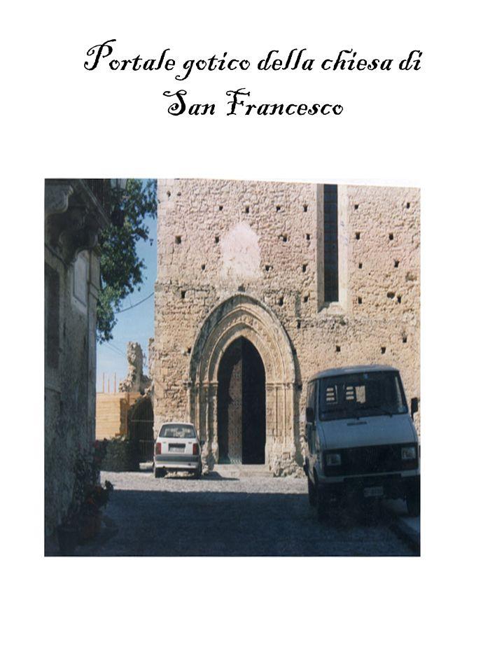 Portale gotico della chiesa di San Francesco