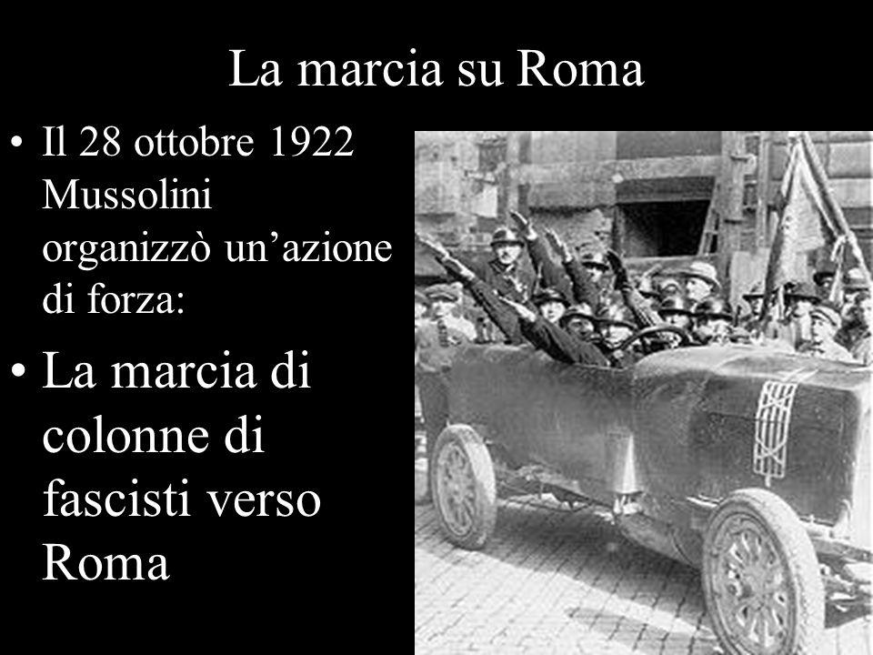 La marcia di colonne di fascisti verso Roma