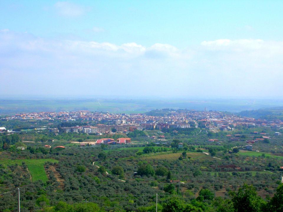 VITA Nasce a Venosa (tra Puglia e Lucania) l'8 dicembre dell'8 a. C.