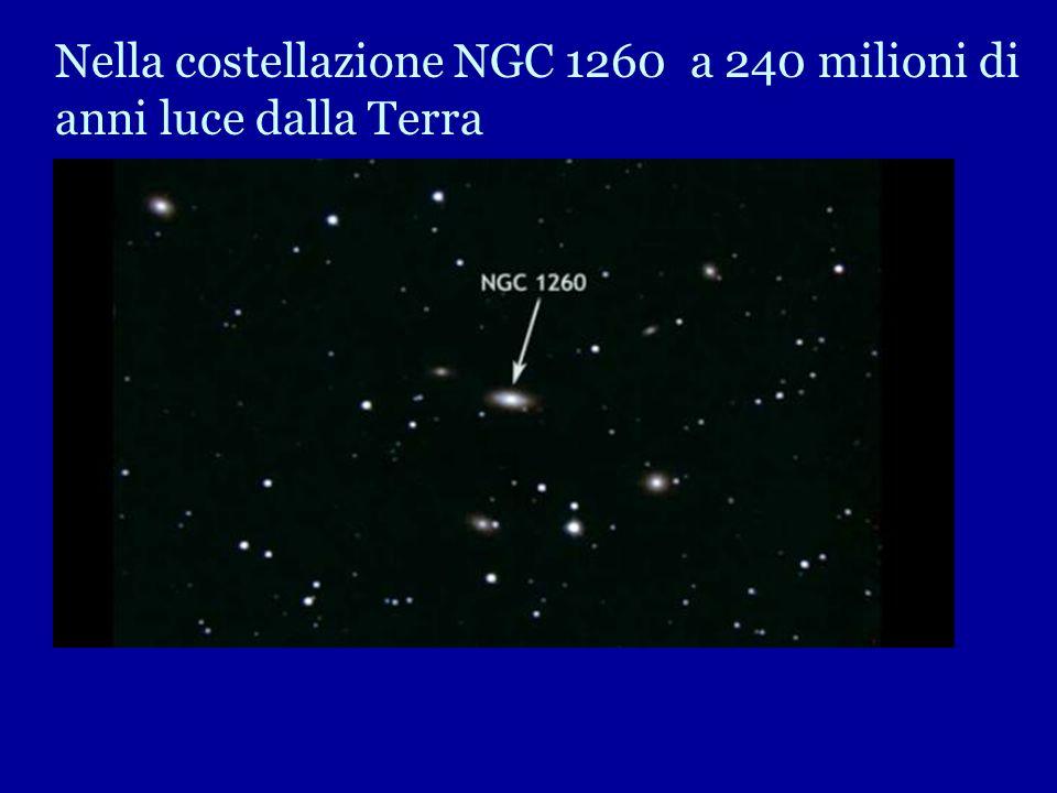 Nella costellazione NGC 1260 a 240 milioni di anni luce dalla Terra