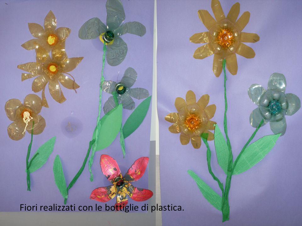 Fiori realizzati con le bottiglie di plastica.
