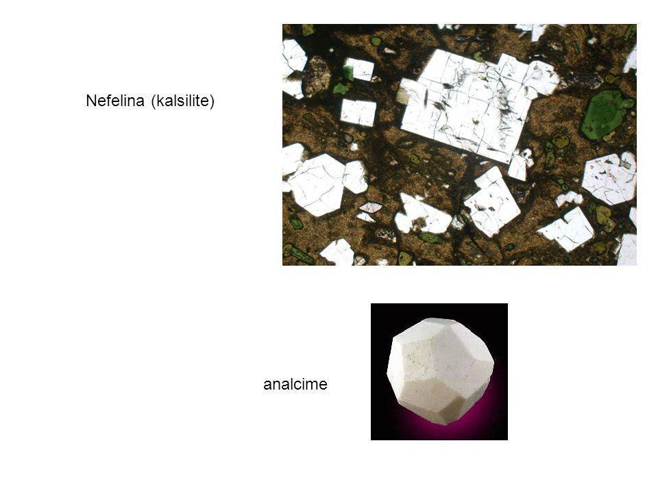 Nefelina (kalsilite) analcime