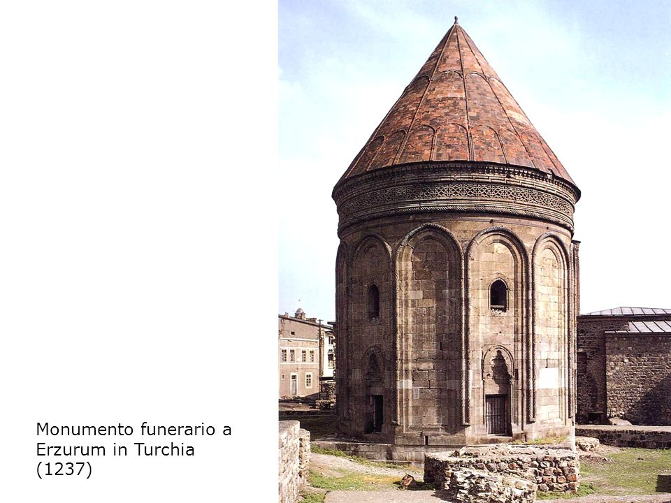 Monumento funerario a Erzurum in Turchia (1237)