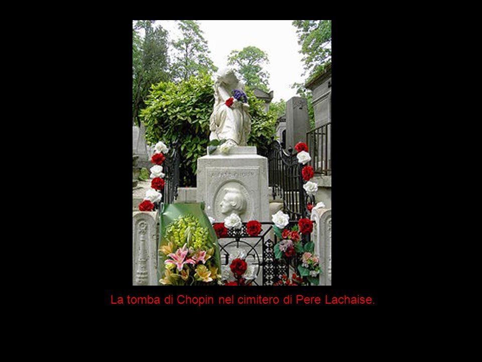 La tomba di Chopin nel cimitero di Pere Lachaise.