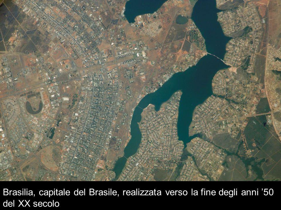 Brasilia, capitale del Brasile, realizzata verso la fine degli anni '50 del XX secolo