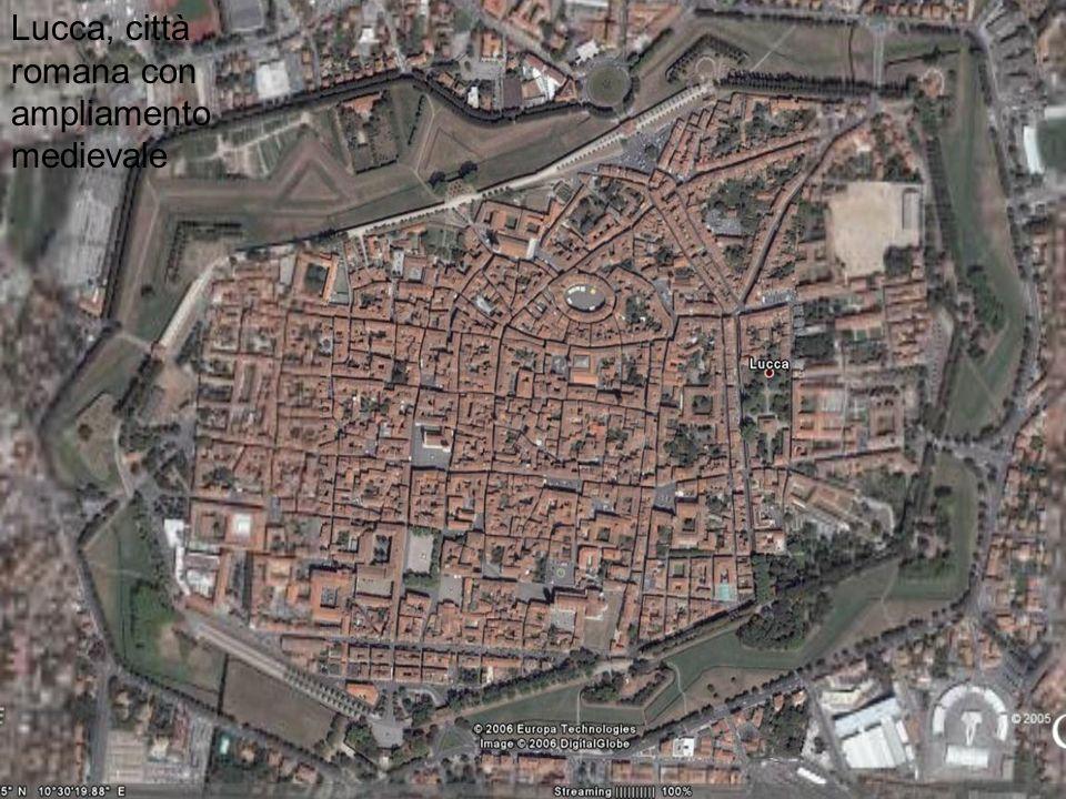 Lucca, città romana con ampliamento medievale