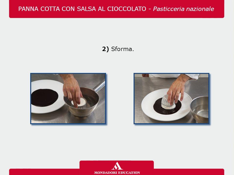 PANNA COTTA CON SALSA AL CIOCCOLATO - Pasticceria nazionale