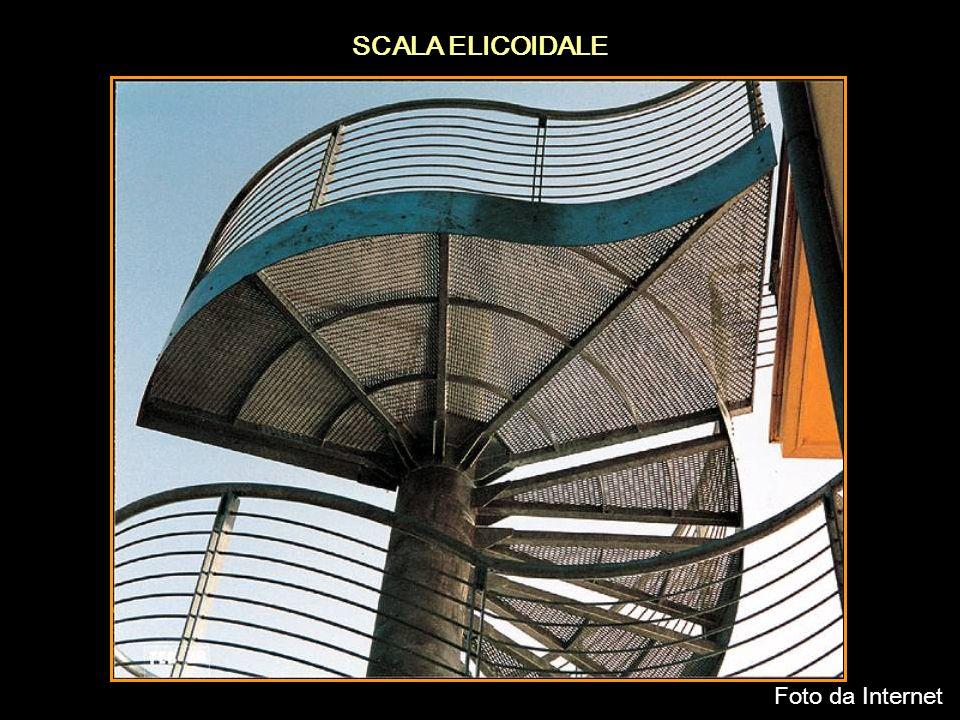 SCALA ELICOIDALE Foto da Internet