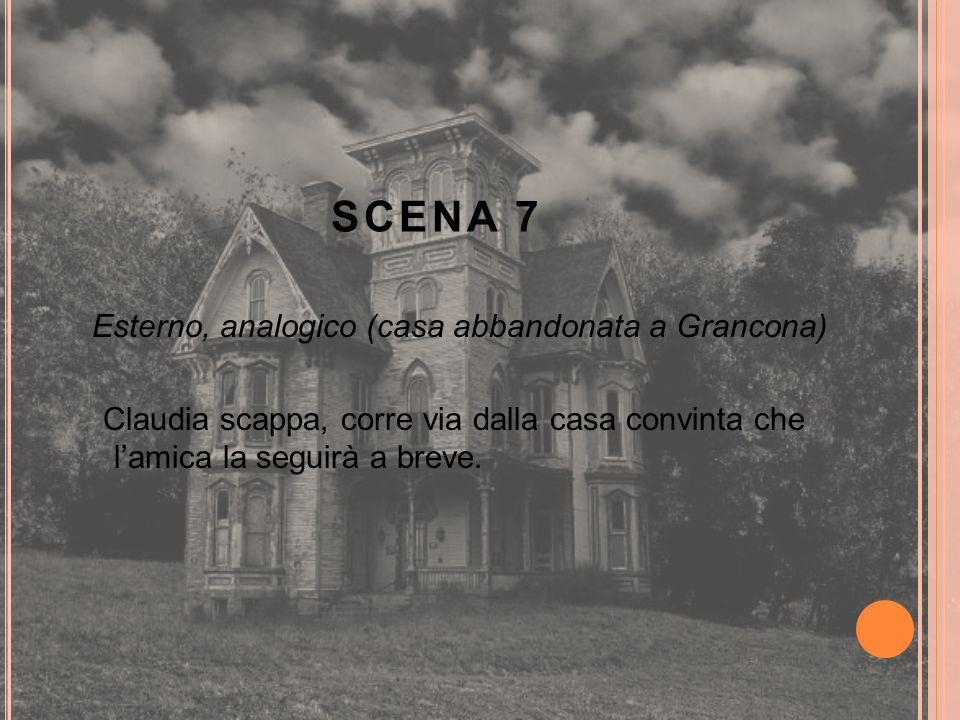 Esterno, analogico (casa abbandonata a Grancona) Claudia scappa, corre via dalla casa convinta che l'amica la seguirà a breve.