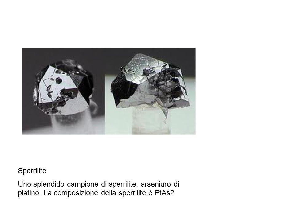 Sperrilite Uno splendido campione di sperrilite, arseniuro di platino.