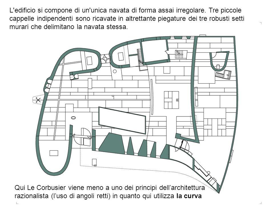 L edificio si compone di un unica navata di forma assai irregolare