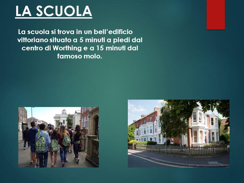 LA SCUOLA La scuola si trova in un bell'edificio vittoriano situato a 5 minuti a piedi dal centro di Worthing e a 15 minuti dal famoso molo.