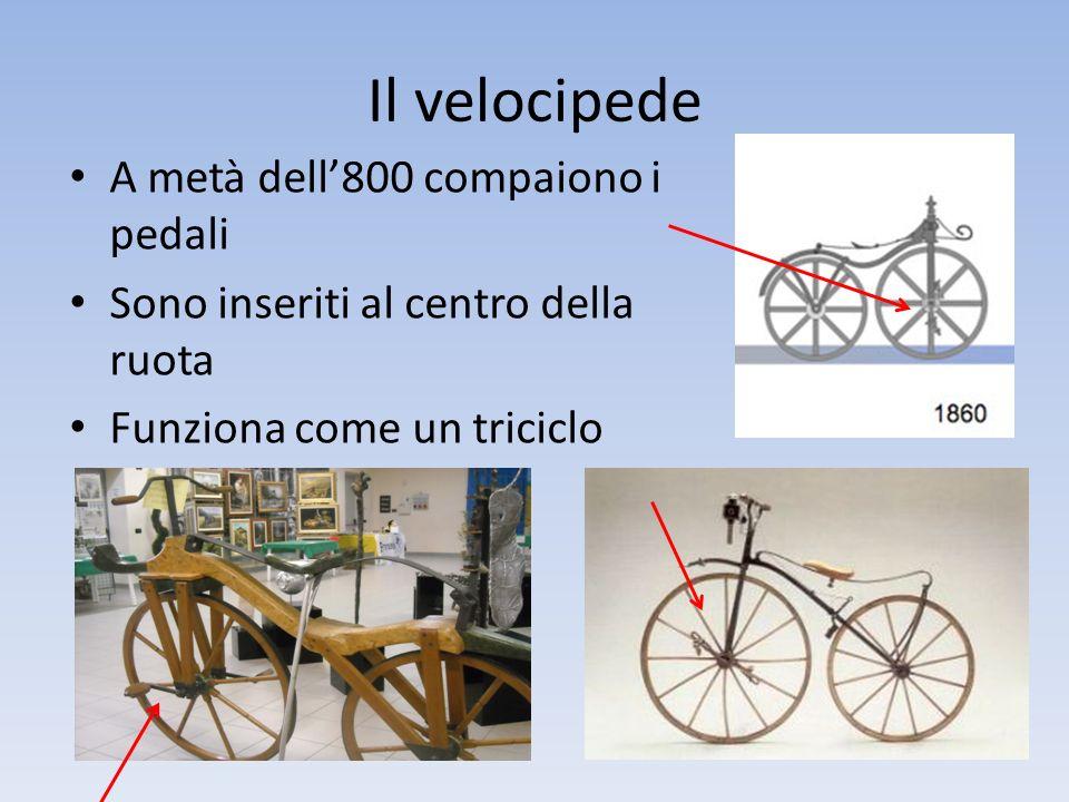 Il velocipede A metà dell'800 compaiono i pedali